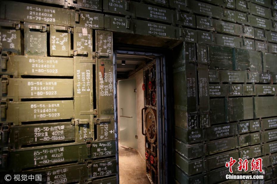 """河南现武装洗手间 由千余""""弹药箱""""打造"""