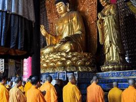 界诠法师:寺院和僧众的便宜占不得