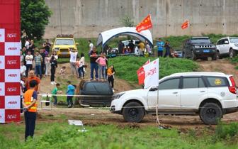 2018重庆SUV英雄会在哑巴洞码头火爆上演