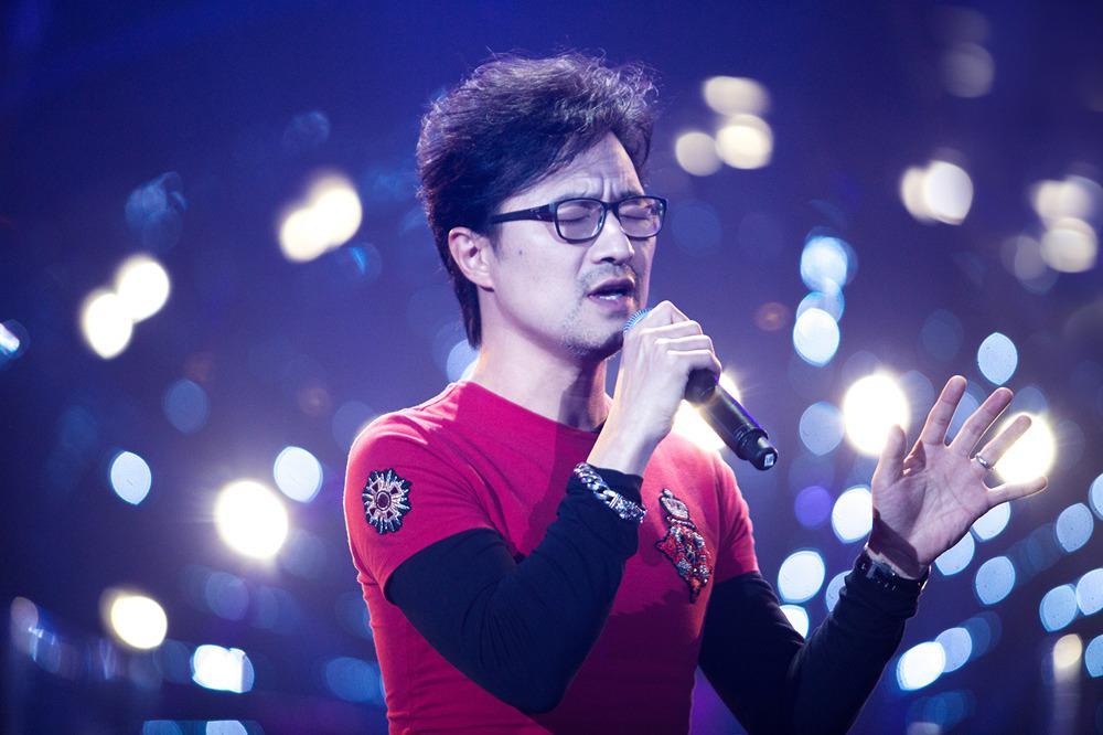 汪峰《歌手》首演曲目曝光 建700首歌单全力备战