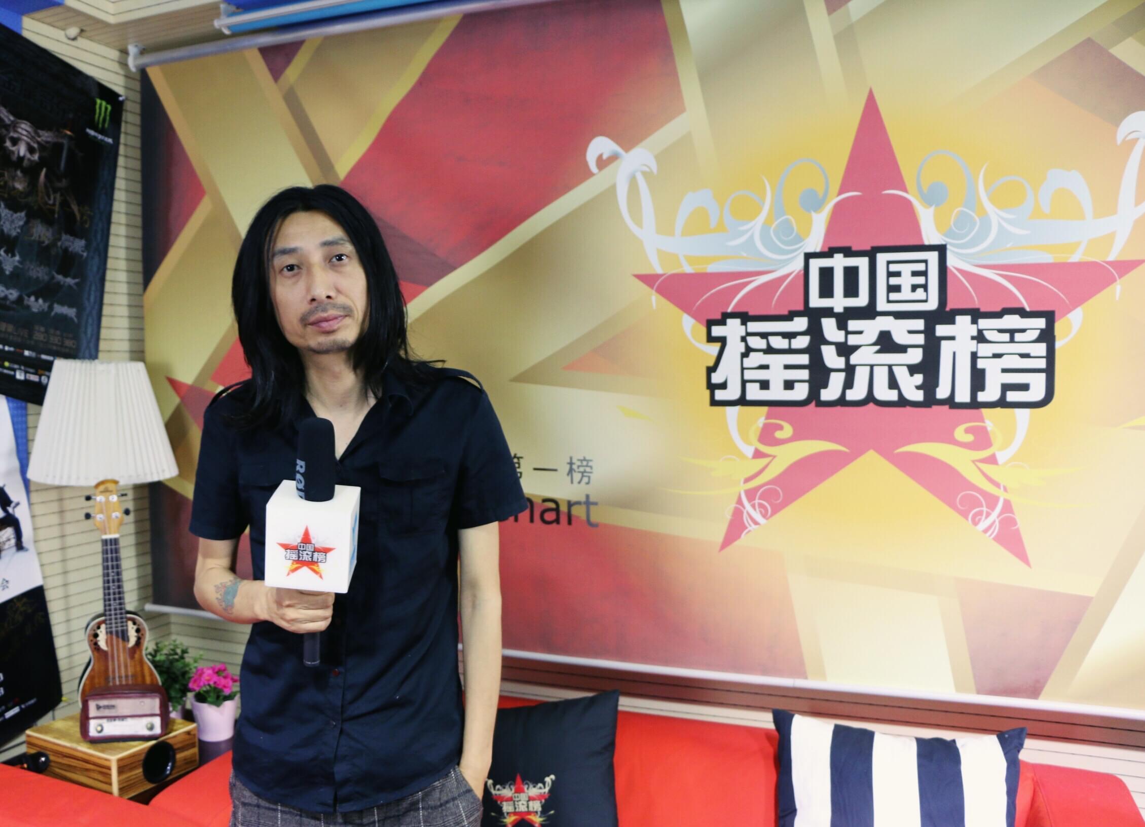 谢天笑做客中国摇滚榜 揭露现场之王的音乐巨制