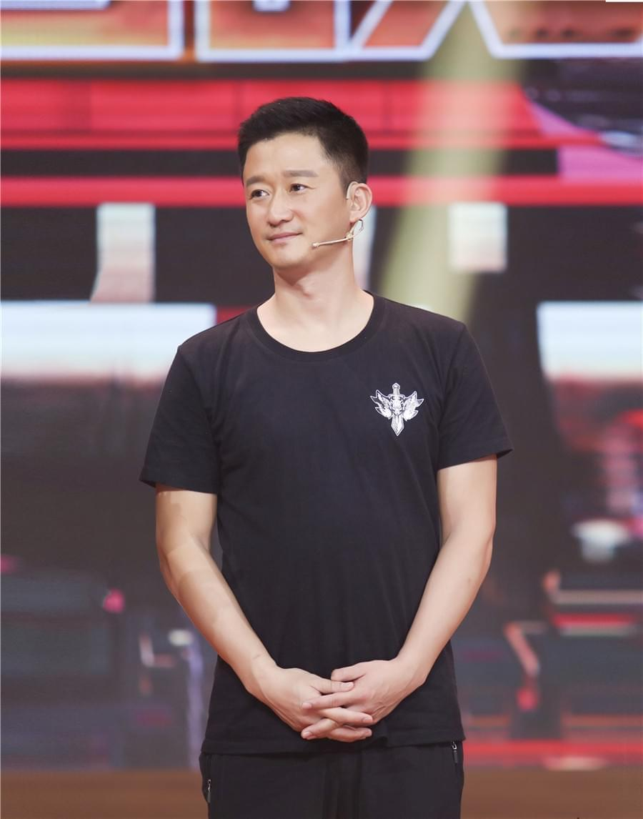 """""""战狼""""吴京再归《国片大首映》:欠爸妈一张票"""