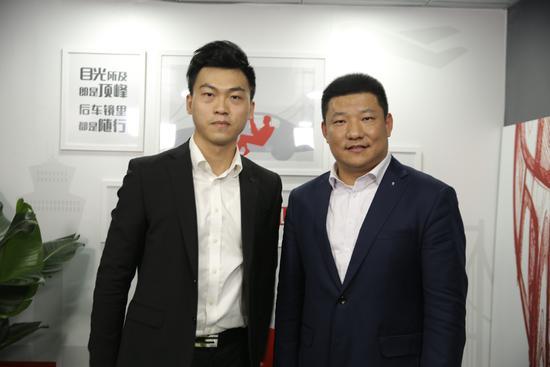 网易汽车主持人与宝马(中国)汽车贸易有限公司总裁,刘智博士