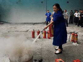 佛山建行组织开展防火和应急预案安全演练