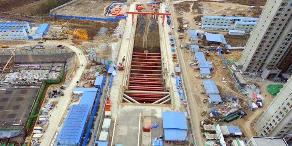 地铁千米隧道贯通 104天刷新建设速度