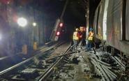 曼哈顿发生地铁脱轨事故
