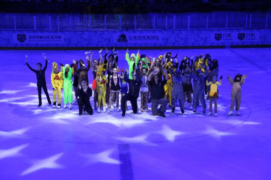 北京私立汇佳学校冰雪圣诞节盛大开幕