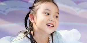 甜馨5岁生日甜美似公主