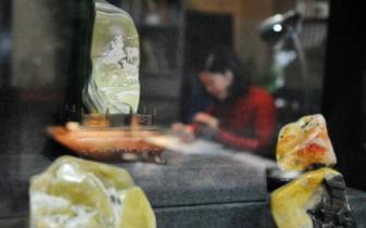 女雕刻家叶子:为寿山石雕注入更多的人文情怀