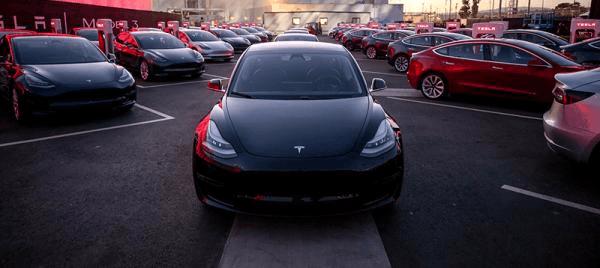特斯拉最便宜车型俩月仅交付220辆 预订至少等1年