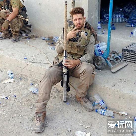 约翰·杜登霍夫在叙利亚的照片