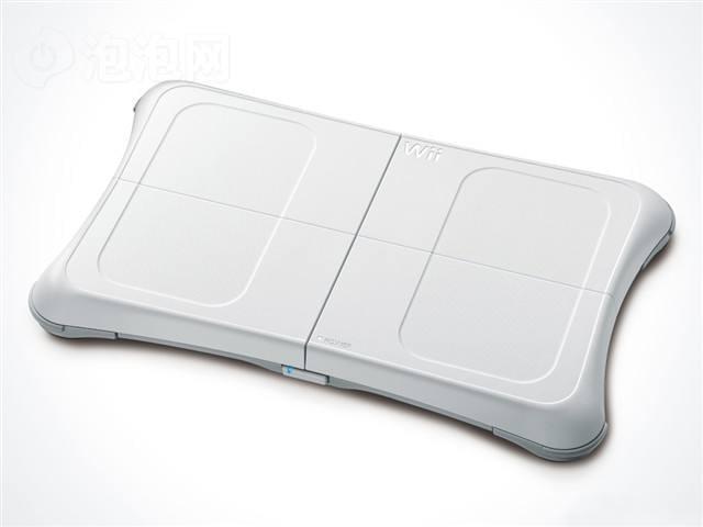 """15:Wii时代任天堂也被体感的暴利有些冲昏头脑,推出了各种压箱底的""""重量级""""产品"""
