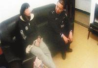 """重庆:15岁少女半夜发飙 """"我的男友是王源!"""""""