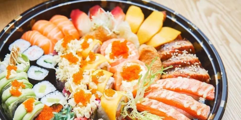 这家寿司店请五星级厨师坐镇,堪称寿司界处女座