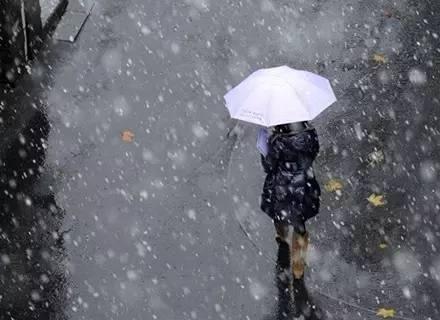 寒潮来袭 新疆再遇雨夹雪天气