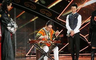 """感动!观众""""费尽心思""""上节目,只为不让这件京族乐器失传"""