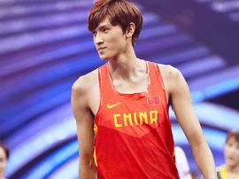 《来吧冠军2》推广体育运动 张国伟王宇称赞