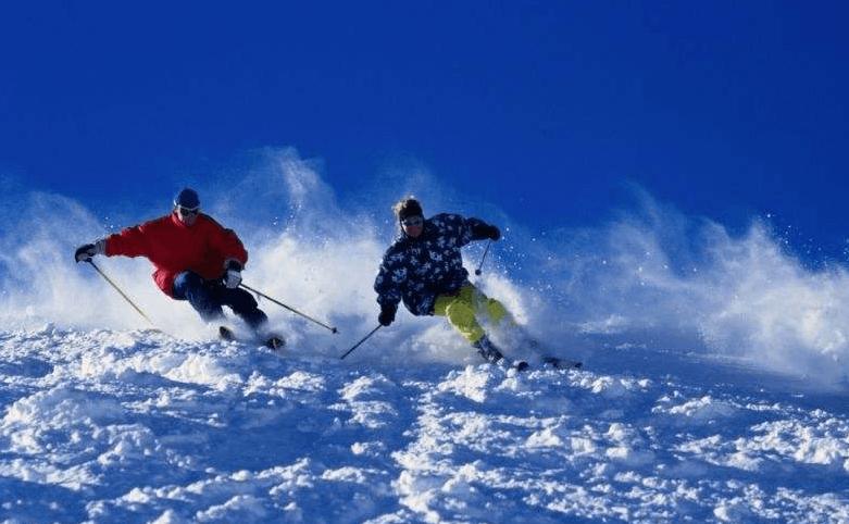 专家谈冰雪产业:专业人才短缺  家长太急功近利