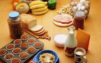 研究:哺乳期母亲过度饮食或影响婴儿健康