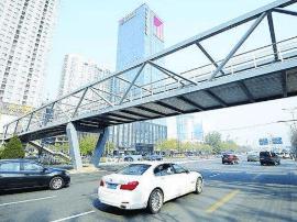 人行天桥施工 太原胜利东街实施半幅封闭