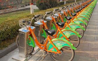 """公共自行车背后的故事——自行车""""守护者"""""""