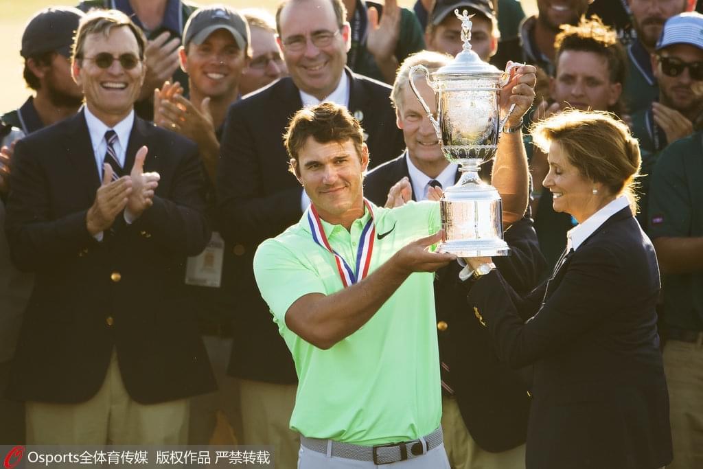 第117届高尔夫美国公开赛 科普卡首夺大满贯