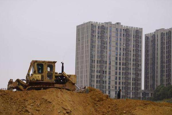 4月份50大城市土地收入2842亿 同比涨83.4%