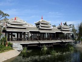 """广西整治旅游市场 你去的""""古寨""""可能是假景点!"""