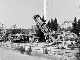 迎泽公园南湖游乐场全部被拆除  只保留大象滑梯