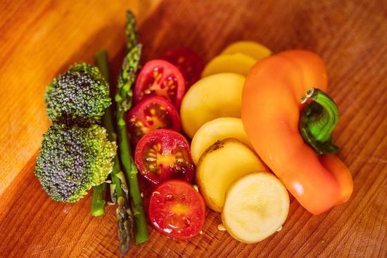 跑者吃素食一定健康? 做到这3点才正确