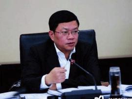 垫江县长梅时雨听取做好明年政府工作的意见建议