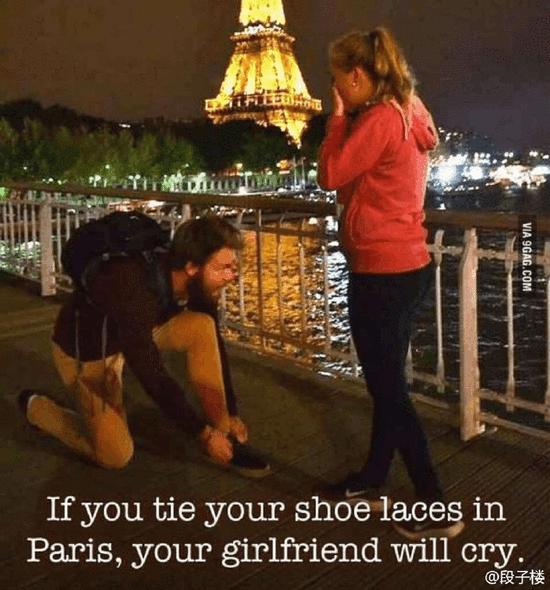 鞋带系单身图解