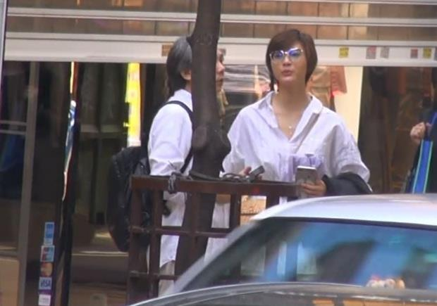 58岁导演陈嘉上被曝恋小30岁《画壁》女星