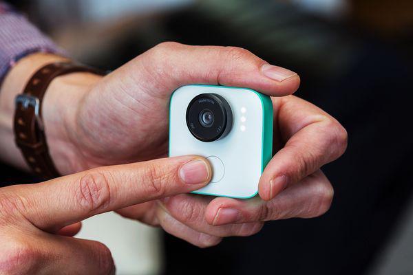 谷歌AI相机Clips将发售:帮你解决照片太多的问题