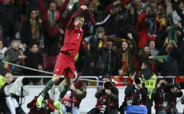 C罗梅开二度 葡萄牙3-0匈牙利仍列次席