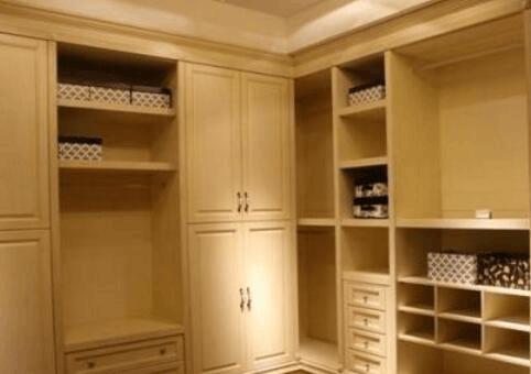 荆州工商部门提醒:年底购买定制衣柜、橱柜需谨慎