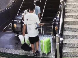 """南宁地铁""""摸臀男""""再次猥亵女子!"""