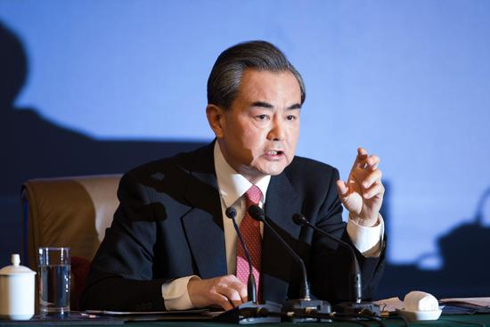 王毅:中国巴拿马建交不存在任何的所谓交易