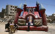 叙利亚战区儿童庆祝开斋节