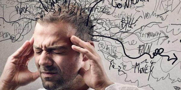 焦虑几乎贯穿了整个青年生活 你快乐吗?
