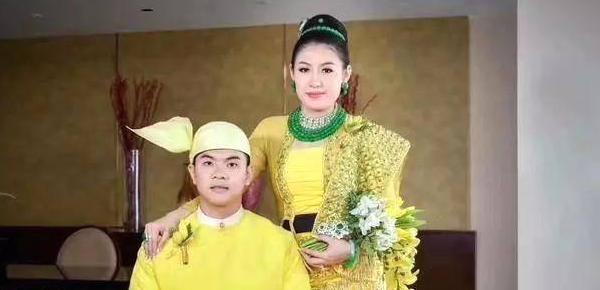缅甸新娘:富豪女儿出嫁 身上缀满5亿元翡翠
