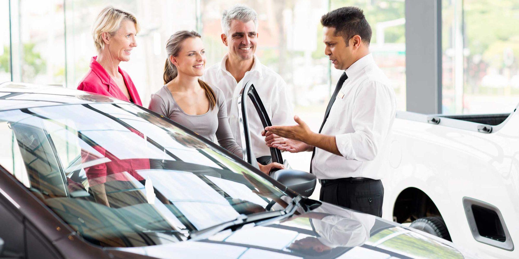 """研究:电动汽车普及被""""傲慢和狡诈""""的经销商耽误"""