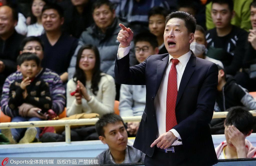 粤媒:战深圳李春江期待破局 疆粤大战仍是成经典