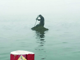 唐岛湾景区男子被困礁石 景区与边防派出所成功救援
