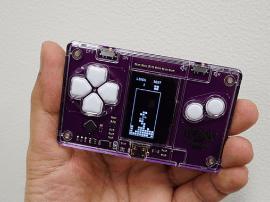 全球最小俄罗斯方块游戏机:一用力怕捏碎