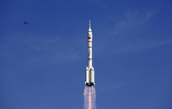 中国航天大事记:大推力运载火箭长征二号成功发射