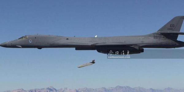 1000公里点穴杀 美隐身巡航导弹叙首战
