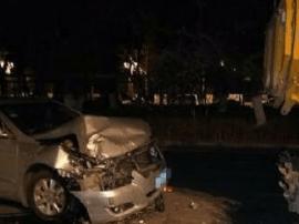 长春发生离奇车祸 司机撞人后紧锁车门割腕自杀
