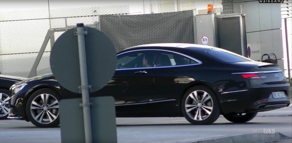 换直六发动机 奔驰新款S级轿跑谍照曝光