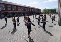 小学生课间与同学抢篮球致十级伤残 学校无责